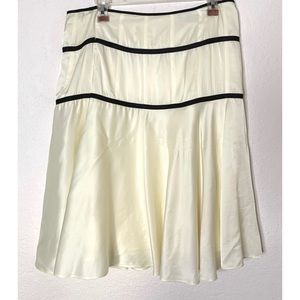 Theory Cream & Black Size 8 Flowy Skirt